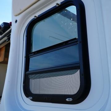 Venting rear windows